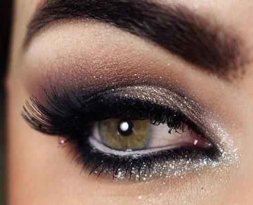 Макияж на Новый год 2021 для карих глаз: пошаговое фото, модные тенденции, новинки