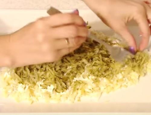 Салат на Новый год 2020 в виде Крысы: рецепт с фото пошагово, в форме мышки