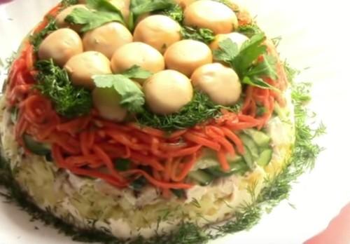 Салат Грибная поляна с шампиньонами: рецепт с фото пошагово